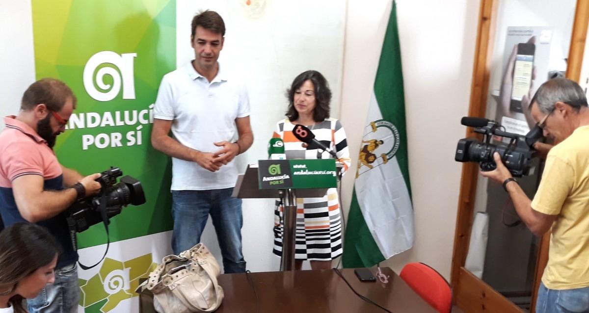 Joaquín Bellido y Maribel Peinado en la rueda de Prensa