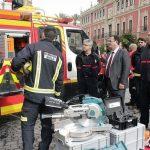 Al menos catorce vehículos de los bomberos, inutilizados
