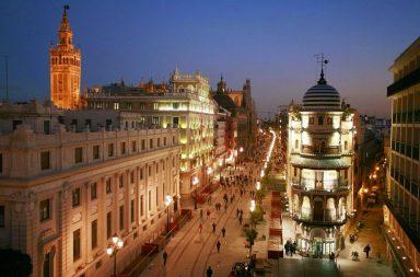 Avenida de la Constitución de Sevilla.