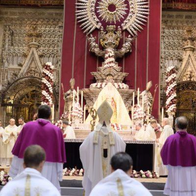 Pontifical coronación Virgen de la Salud / Lince