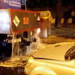 Escape de cloro por un accidente entre un camión y un coche junto al Mercantil