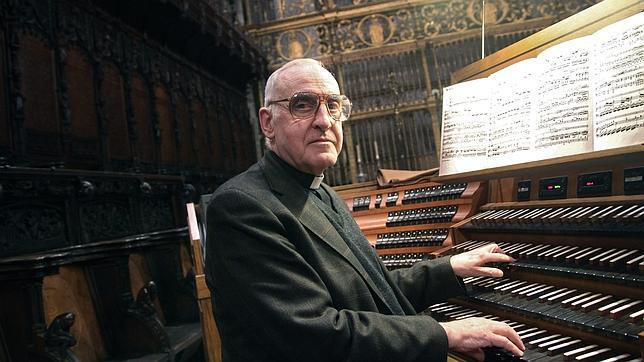 José Enrique Ayarra, organista de la Catedral de Sevilla.