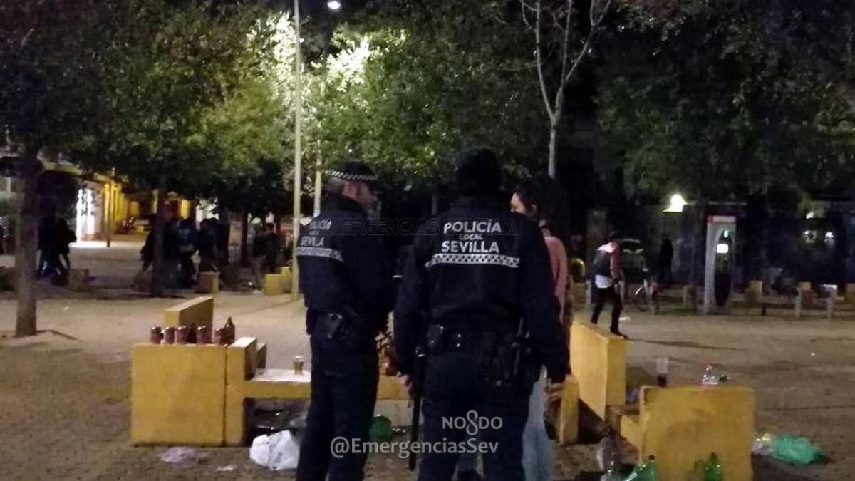 Actuación de la Policía Local en la Alameda.