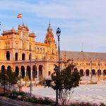 Toda ayuda es poca para preservar la Plaza de España