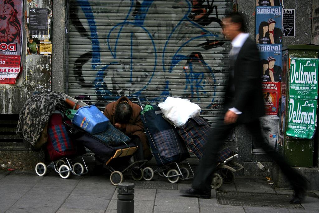 El censo de personas sin hogar en Sevilla alcanza los 444 individuos.