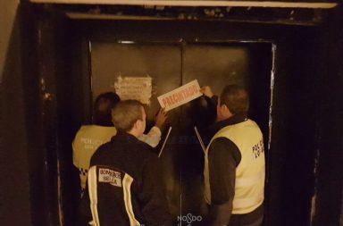 La Policía Local precinta un local por irregularidades.