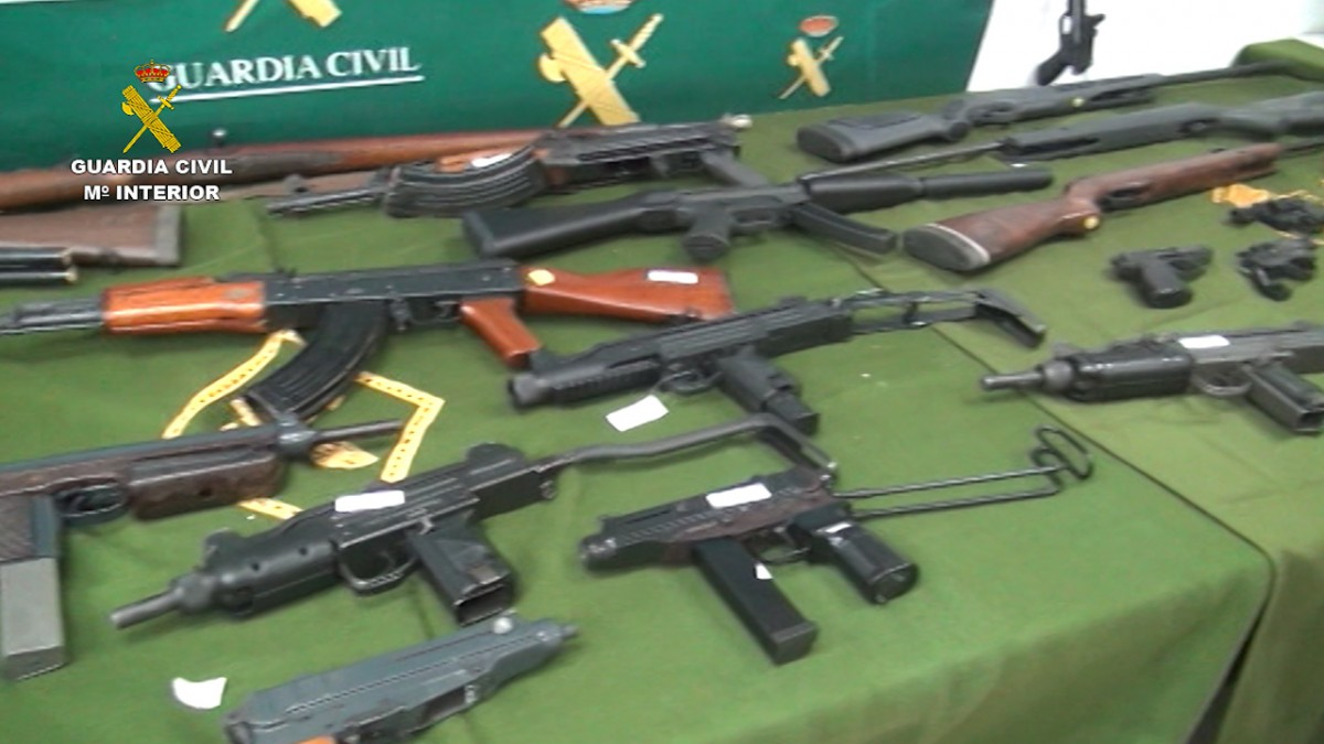 Armas incautadas por la Guardia Civil.