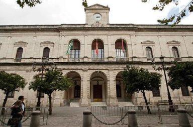 Sevilla reducirá su deuda en casi 12 millones de euros durante 2018.