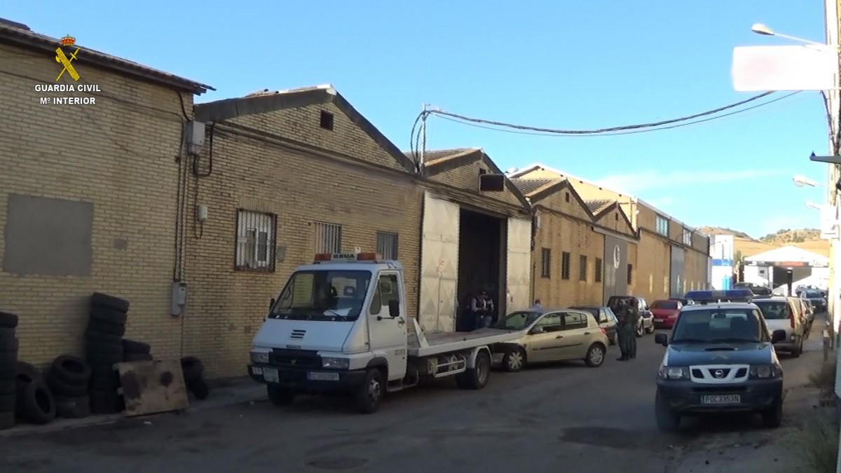 La chatarrería donde se reparaban los vehículos destinados al desguace.