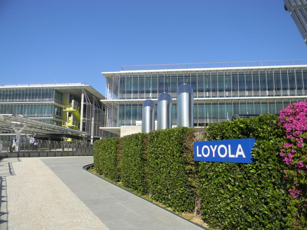 Universidad Loyola.