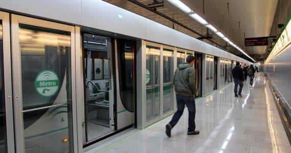 Batalla política por la financiación del metro de Sevilla.