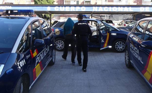 Detenido policia