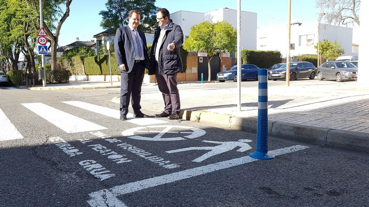 Foto Cabrera pasos peatones visibles