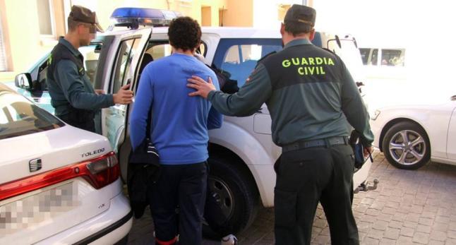 Las detenciones se han practicado en La Rinconada.