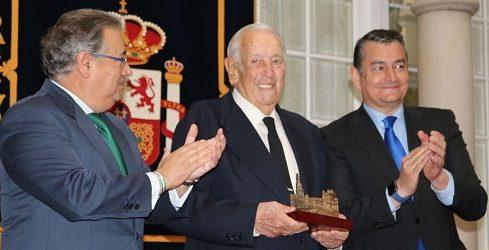 Manuel Olivencia ha muerto a los 88 años.