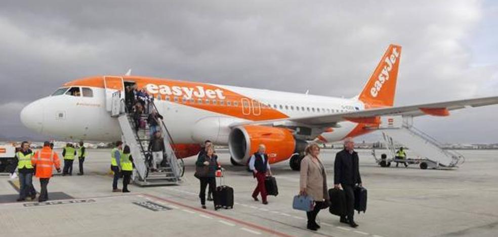 La compañía conectará dos veces a la semana Sevilla y Edimburgo