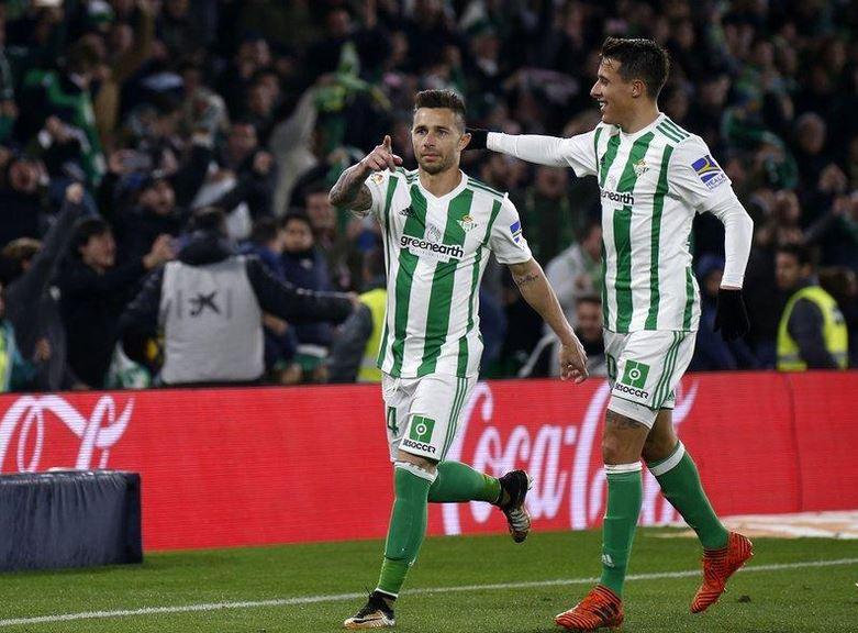 Rubén Castro vuelve a lo grande para dar el triunfo al Real Betis ante el  Leganés - SevillaInfo d9356d080968d