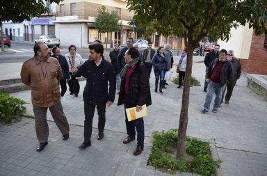 La delegación del PP en su visita al barrio Virgen de los Reyes