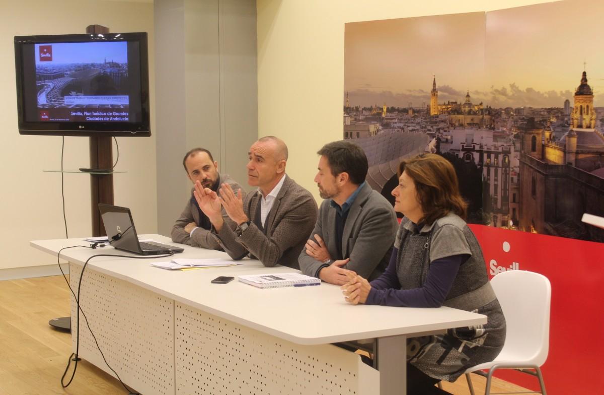 El Ayuntamiento concluye el proceso participativo para elaborar el II Plan Turístico que hará hincapié en Triana y la zona Norte y ultima la creación de un Consejo Local de Turismo y una Oficina para la Defensa del Turista