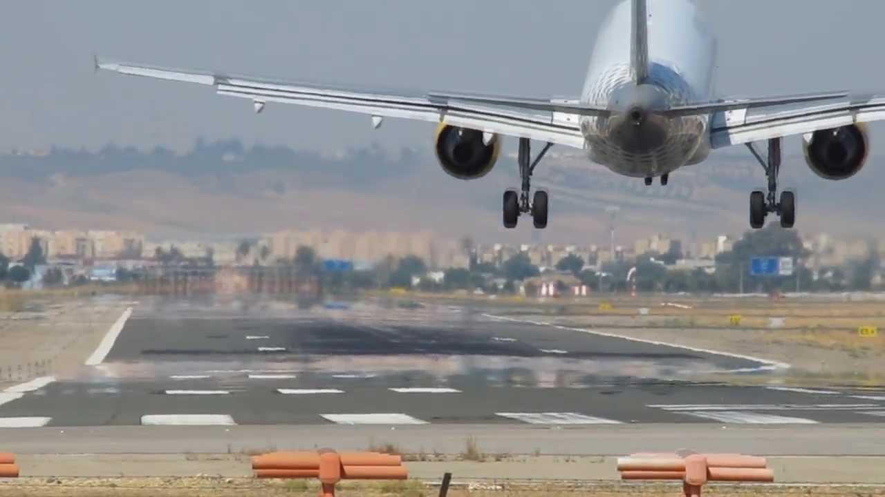 Aeropuerto de Sevilla, Aena