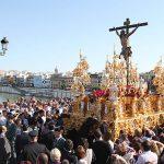 Vuelven las procesiones a SevillaEl Arzobispado ha emitido un comunicado levantando las limitaciones sobre el culto externo