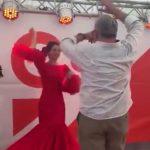 Inés Arrimadas levanta pasiones bailando sevillanas en la Feria de Abril de Cataluña
