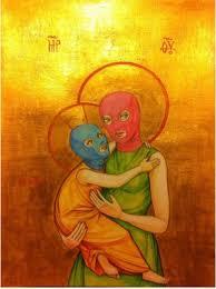 La Virgen con el Niño simula sadomasoquismo