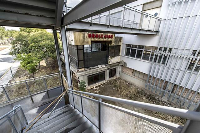 El olvido se ha apoderado del Hospital Militar de Sevilla