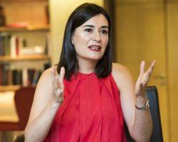 Sospechas de fraude de un máster de la ministra de Sanidad, Carmen Montón