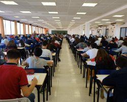 La Universidad de Sevilla defiende una presencialidad del 100% para el curso 2021/22Las instrucciones del Gobierno de España impiden actualmente esta situación