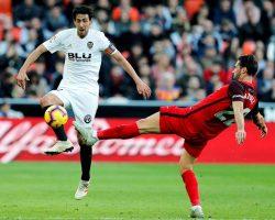 Diakhaby priva al Sevilla FC en el descuento del triunfo y el liderato (1-1)