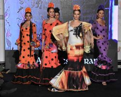 Caminando entre volantes, colección flamenca de Ángeles Verano para este 2020