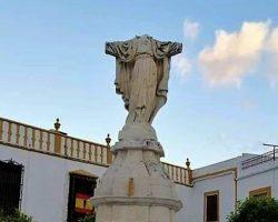 Decapitan y mutilan una estatua del Corazón de Jesús en La Roda de Andalucía