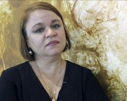 La escritora Zoé Valdés vetada a perpetuidad en Facebook, la red zurdófila, por sus críticas al régimen cubano y al comunismo