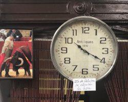 Casa Moreno: cambian los relojes, pero el tiempo no se inmuta