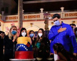 Nicolás Maduro vuelve a liarla el pasado lunes en su cumpleaños y supera ya a Buster Keaton, a Fofó y al Chavo del Ocho en carcajadas