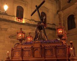 Vía Crucis Penitencial de las Hermandades y Cofradías de Sevilla en la CatedralEl Santísimo Cristo de la Corona presidirá el acto desde el Altar del Jubileo