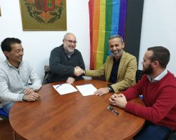 El PSOE de Carrión de los Céspedes gasta el ahorro en festejos para liberar a otro concejal de los suyos
