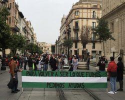 II Movilización de #LunarOff para evitar el hundimiento de la moda flamenca