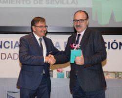 Javier Cáceres acusa al CSD de un fraude de ley al crear delegaciones vacías de deportistas.