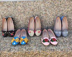 Zapatos Chelis, de lunares y claveles
