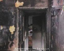 Fallecen dos personas en el incendio de su vivienda en la Macarena