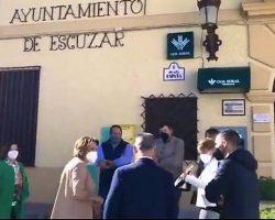El descriptible entusiasmo del PSOE con Susana Díaz en Escúzar, provincia de Granada