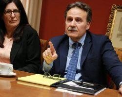 """El espía que no puede jubilarse por miedo a """"morirse"""". Gustavo Machín, embajador de Cuba en España, fue expulsado de EE.UU. tras uno de los casos más graves de espionaje en la historia del Departamento de Defensa"""