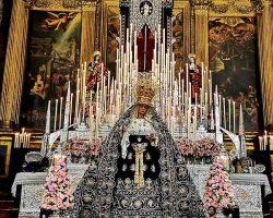 Veneración a la Virgen del Valle al más puro y clásico estilo cofrade