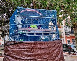 """La limpieza al monumento del Niño Ricardo da el """"toque"""" final a las obras de la Plaza del Cristo de BurgosLa Catedral y la Avenida, acometen trabajos de mantenimiento"""