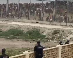 (VÍDEOS) Crónica visual del asalto en Ceuta y el despliegue junto al espigón de El Tarajal