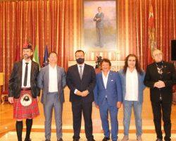 La Plaza de España acogerá el próximo 11 de septiembre el estreno del nuevo espectáculo de los Cantores de Híspalis