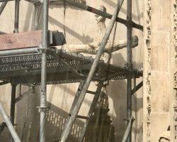 La Cruz de la Inquisición vuelve al Ayuntamiento de SevillaHace dos años el monumento fue destrozado en un acto vandálico