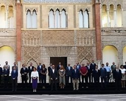 El Ayuntamiento constituye el primer Consejo Local de Turismo de SevillaCasi 40 miembros conforman este instrumento de diálogo, participación y concertación